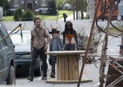 Rick Grimes (Andrew Lincoln), Carl Grimes (Chandler Riggs) and Michonne (Danai Gurira) - The Walking Dead - Season 3, Episode 12 - Photo Credit: Gene Page/AMC